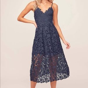 ASTR The Label NWT Lace Midi Dress Navy S